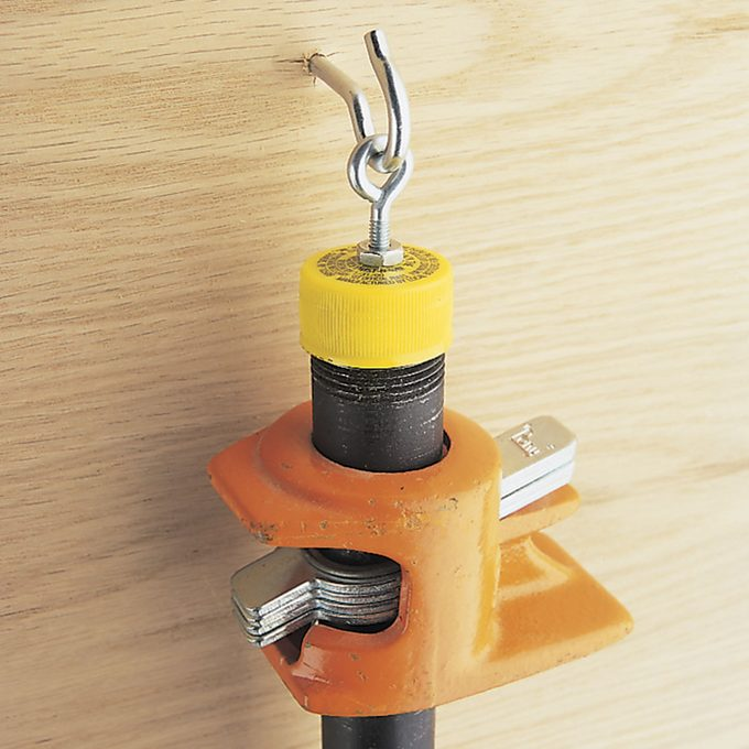 bar clamp holder with lid