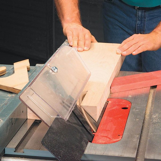 auxiliary fence on table saw