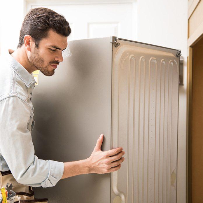 move fridge