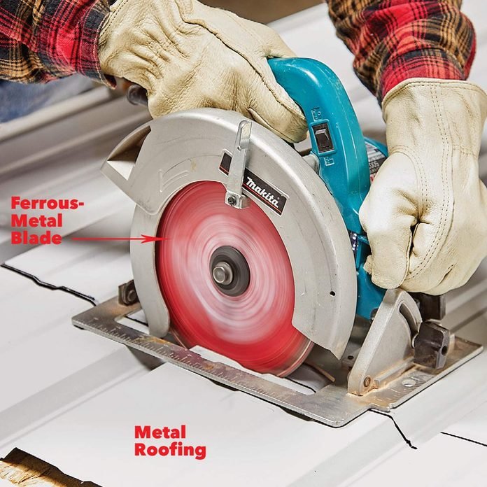 cut metal with circular saw