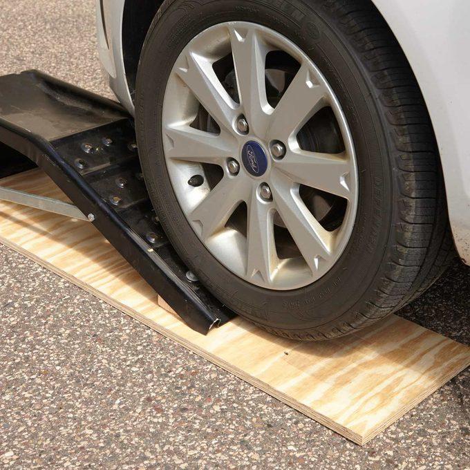 automotive simple diy secure car ramp