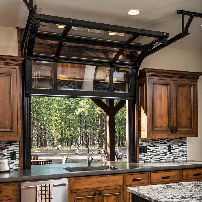 Open outdoor Kitchen Bar