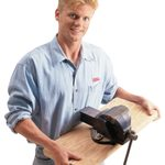 How to Make a Portable Bench Vise