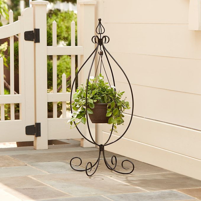 hanging plant stands outdoor