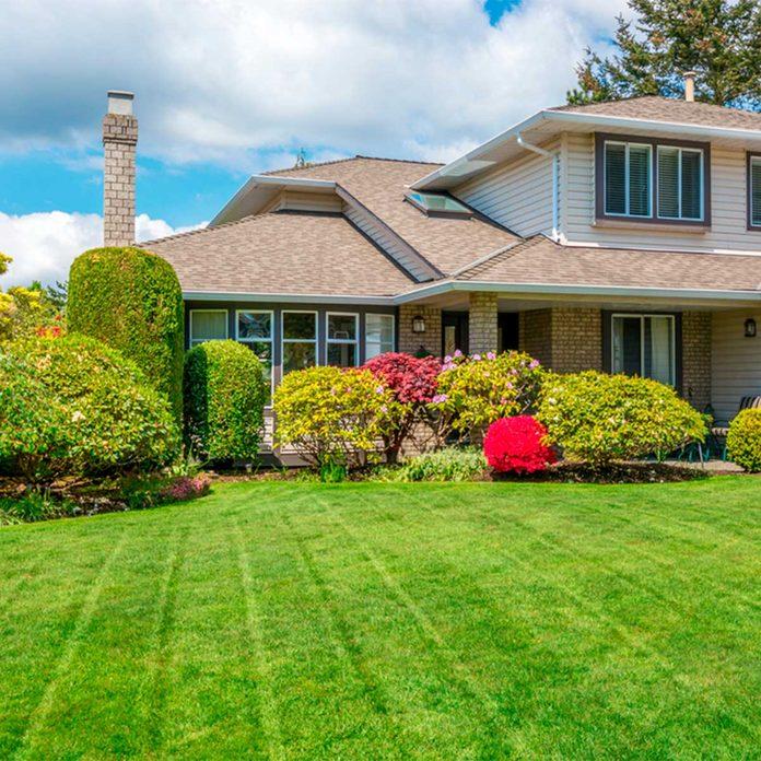 mowing pattern on lawn