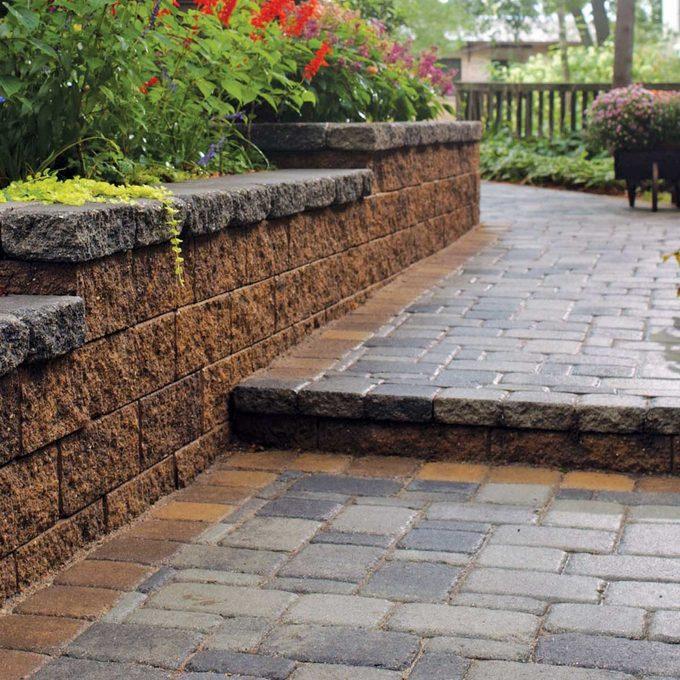 retaining wall brick