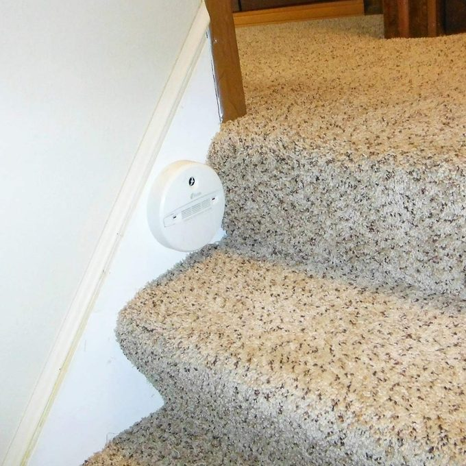 wrong way to install a CO detector