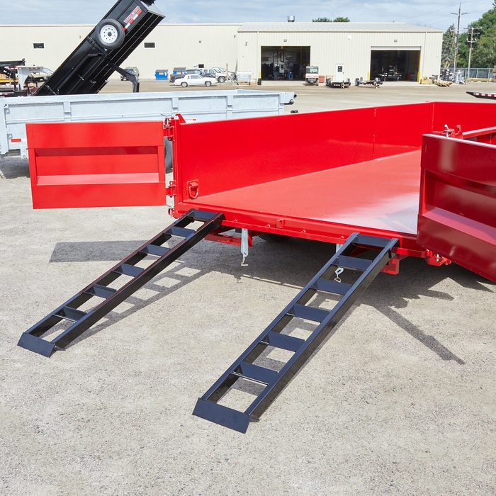 Ramps up into the trailer bed   Construction Pro Tips