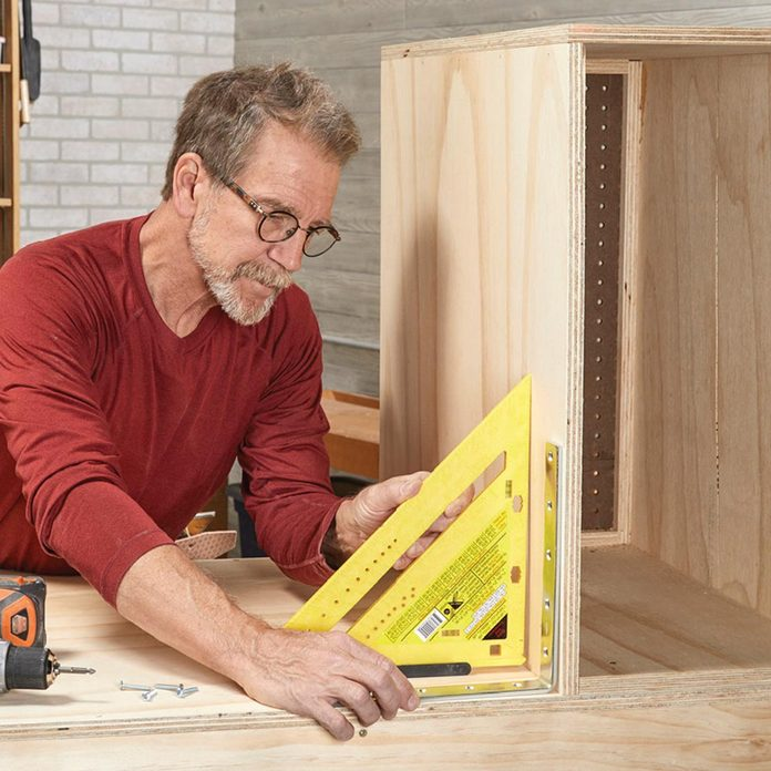 install the cabinets square