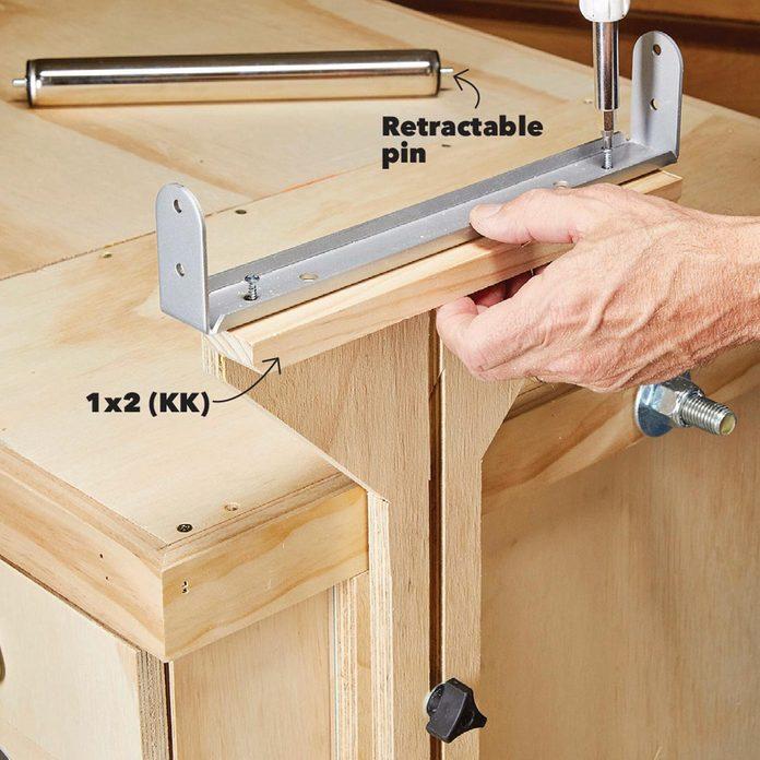 mount the roller flip top bench