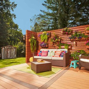 How to Build a Living Wall with Movable Planters