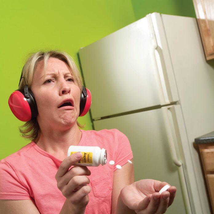 noisy fridge