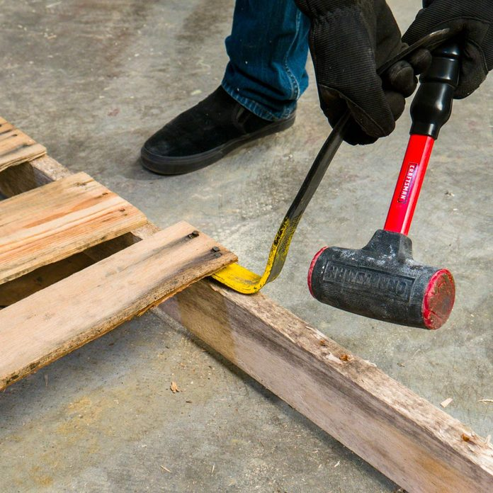 pallet side table prepare the pallet wood