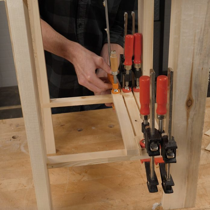 pallet side table attach the shelf