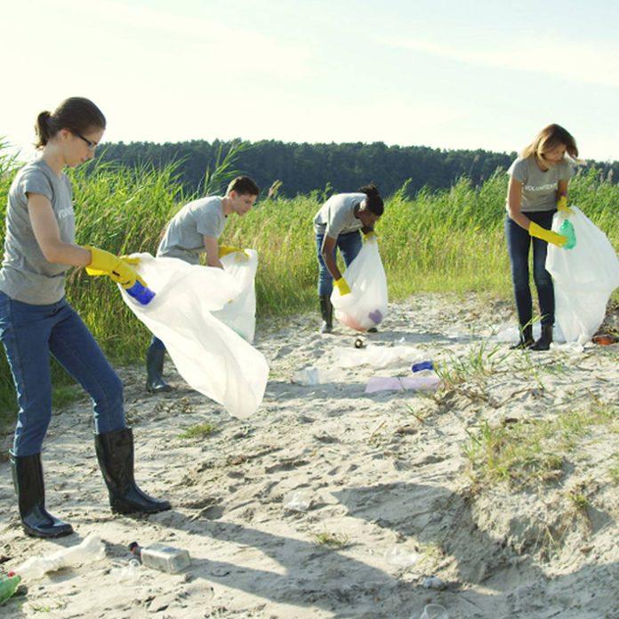 ocean water clean up plastic garbage