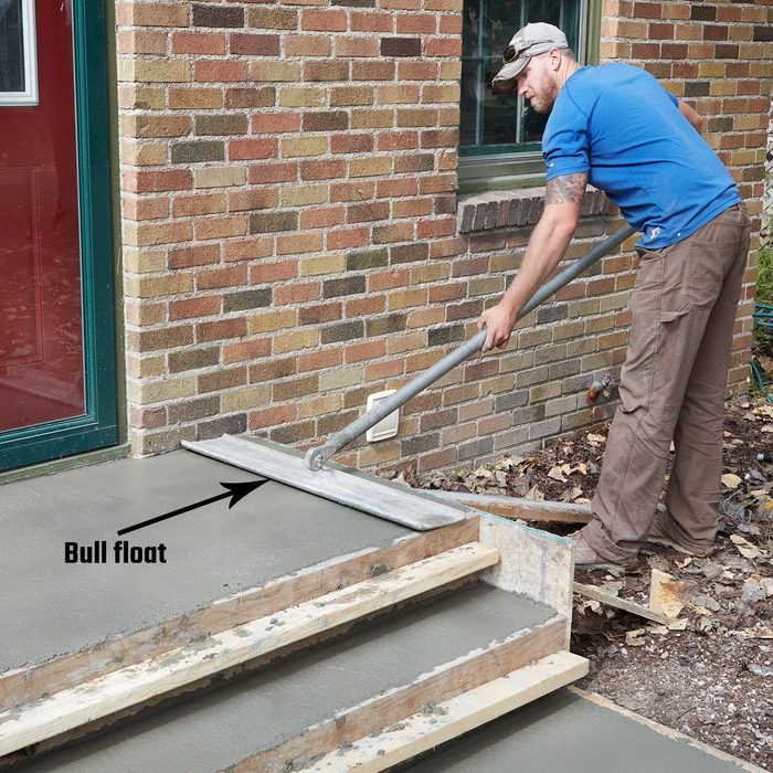 Bull float the top of the steps | Construction Pro Tips