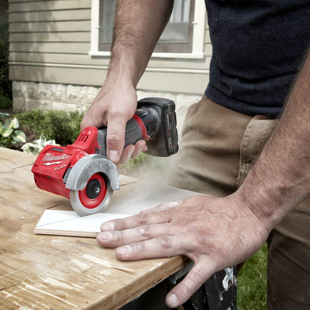 Milwaukee Cut-Off Tool | Construction Pro Tips