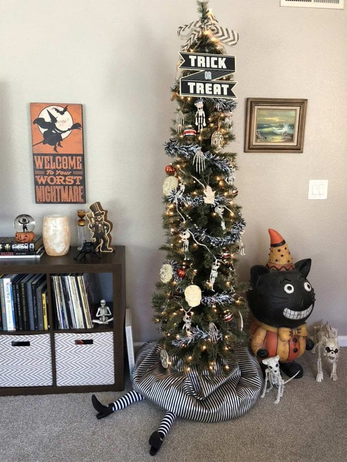 halloween christmas tree