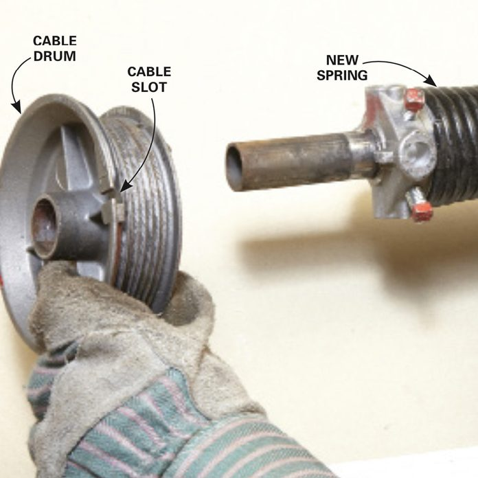 Install the left spring