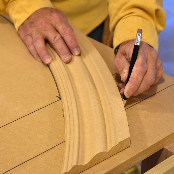 Tracing the arc of the radius trim | Construction Pro Tips