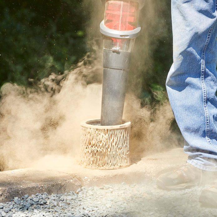 leaf blower to clean vacuum filter