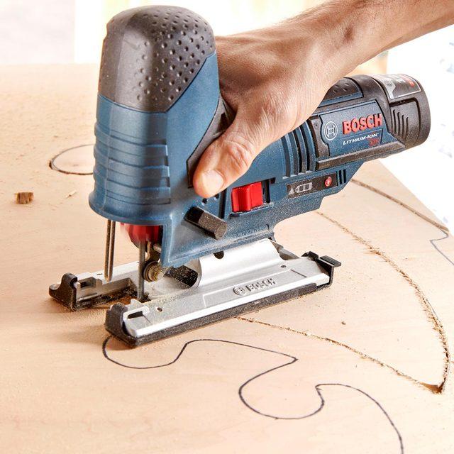 cordless jigsaw 12 volt battery