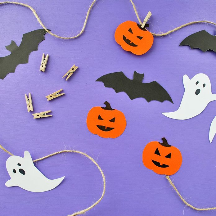 Halloween-cutouts-on-twine-and-clothespins