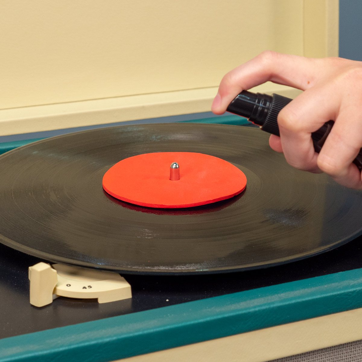 record cleaning solution