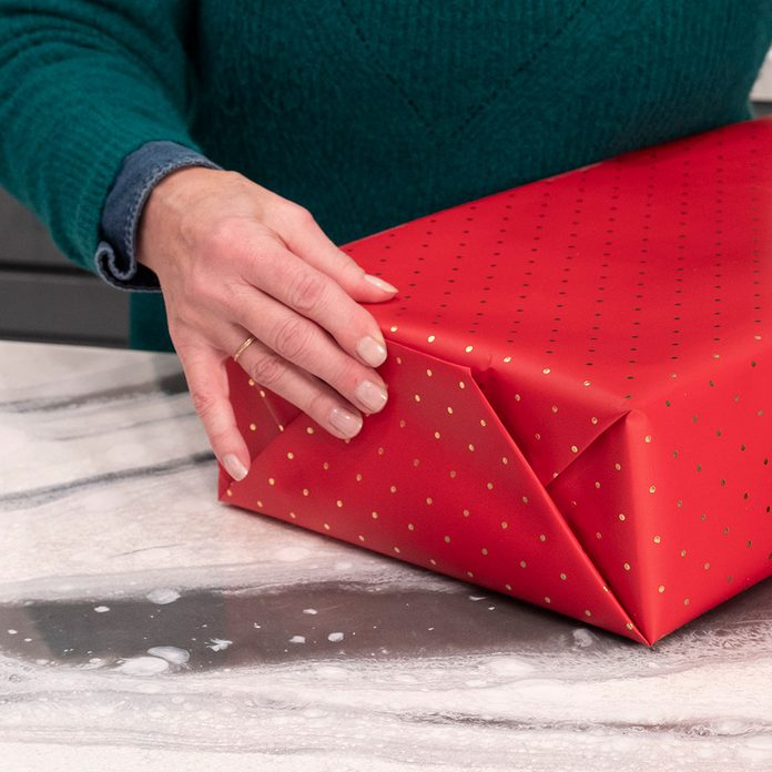 tape present folds