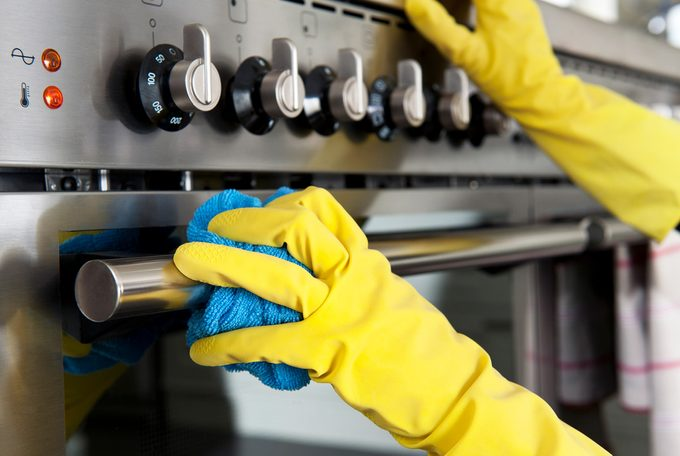 cleaning stainless steel oven