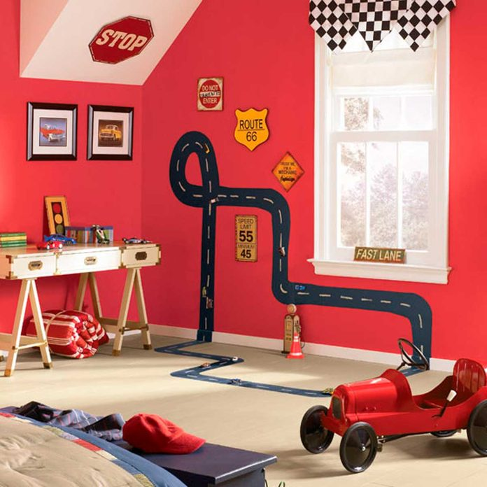 paint racetrack on wall