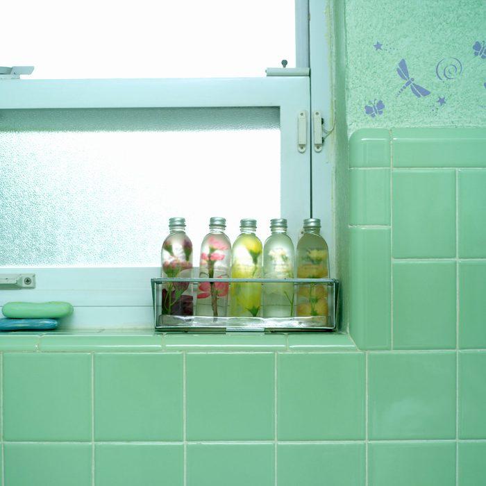 Pastel green bathroom tile