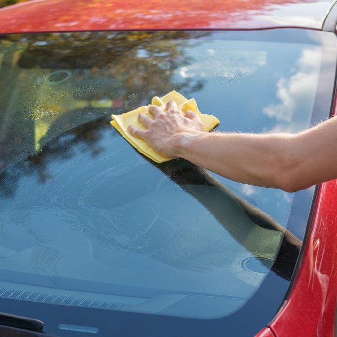 Wipe the car windows