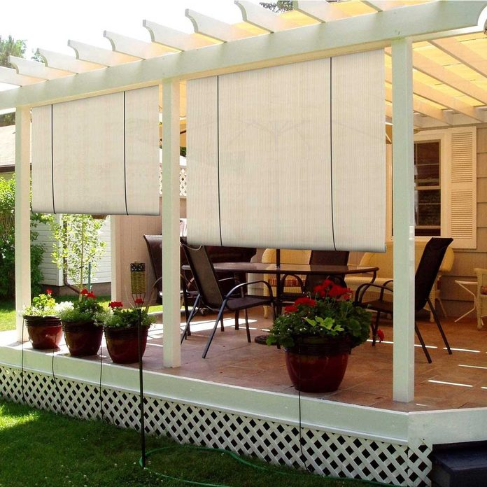 Side covers for a pergola