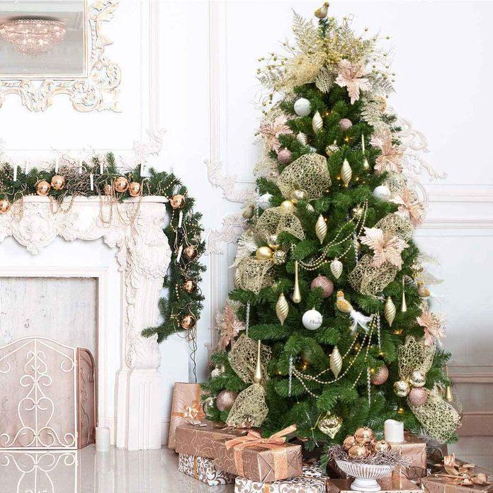 Pre-decorated Christmas tree