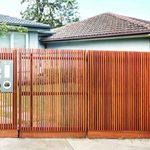 10 Amazing Front Yard Fence Ideas