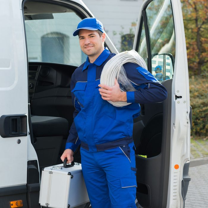 Cable Technician Gettyimages 611191088