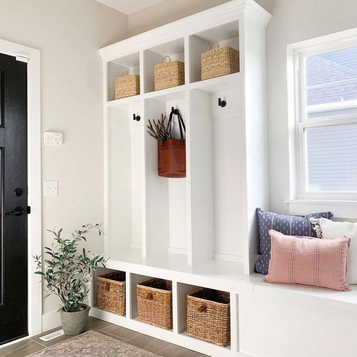 Entry Lockers